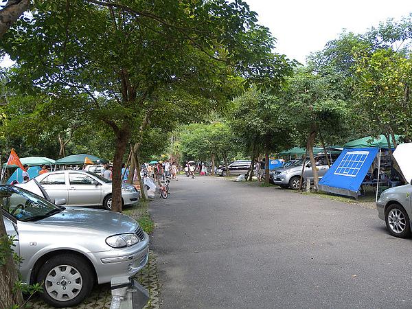 2010/09/21.22三峽皇后鎮森林- UNRV環球露營 - 三隻小豬 - 一樣的月光   不一樣的心情