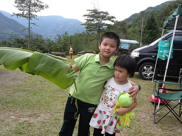 2010/10/09.10新竹五峰哈勇露營區- ~哈勇與春姑築夢的開始-UNRV環球露營-三隻小豬之2