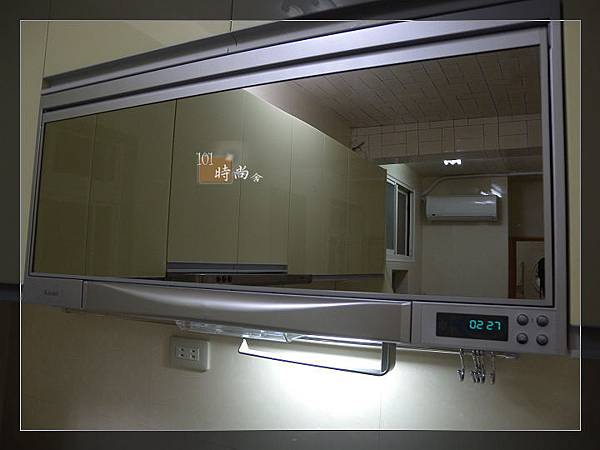 101時尚舍廚房設計24-1.jpg