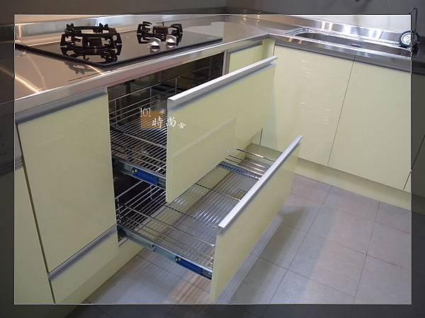 101時尚舍廚房設計17-1.jpg