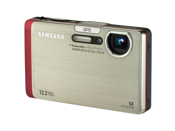 Samsung ST1000結合了相片定位、藍牙傳輸、DLNA以及Wi-Fi網路連接等功能.jpg