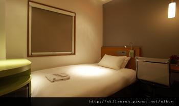 room_l01.jpg