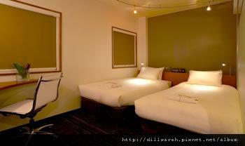 room_l02.jpg