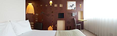 Weekly_residence_image.jpg