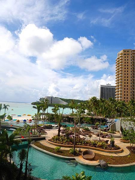 14 全關島最新的飯店Dusit Thani視野非常好