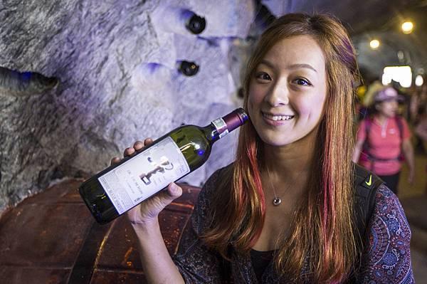 光明洞窟的紅酒酒窖,儲存了韓國各地的紅酒