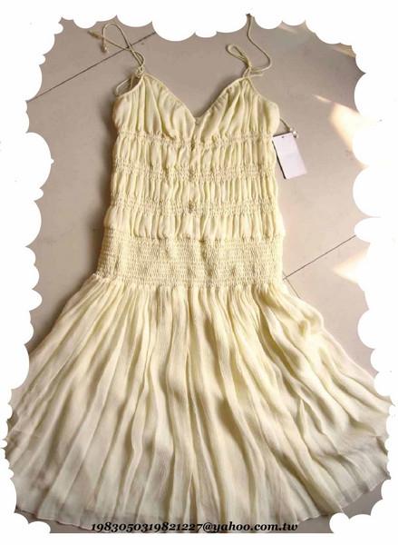 之前買的MNG洋裝喔