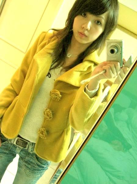 最近我看上,寶鼻買給我的西裝外套