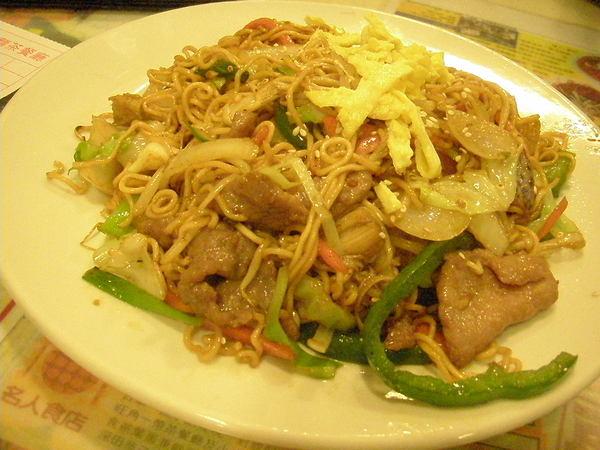 金菇牛肉炒出前一丁(乾炒)