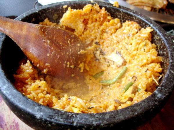 全洲石鍋拌飯,雞肉口味160元