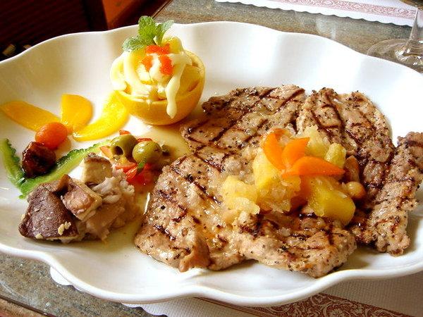 豆的媽咪拉嗲豬菲力,450元