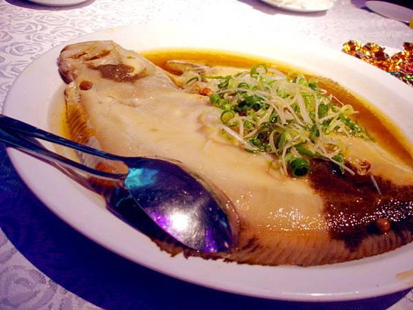 古法蒸多寶魚