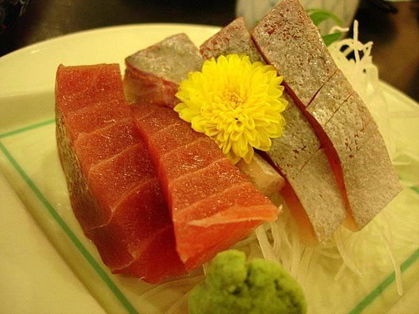 這是六百元套餐的生魚片
