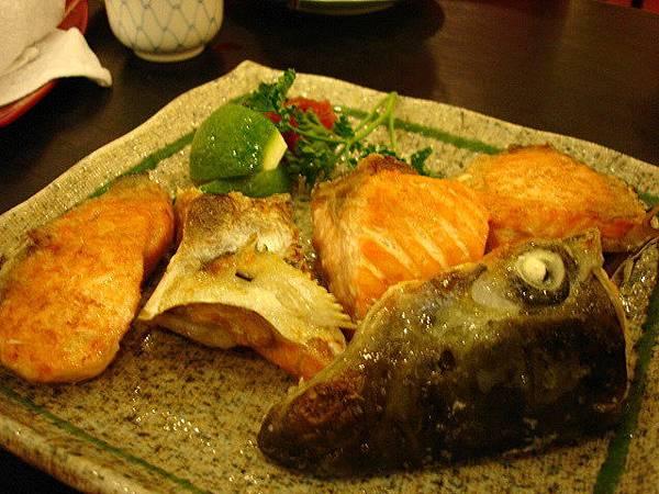 鮭魚頭與肉