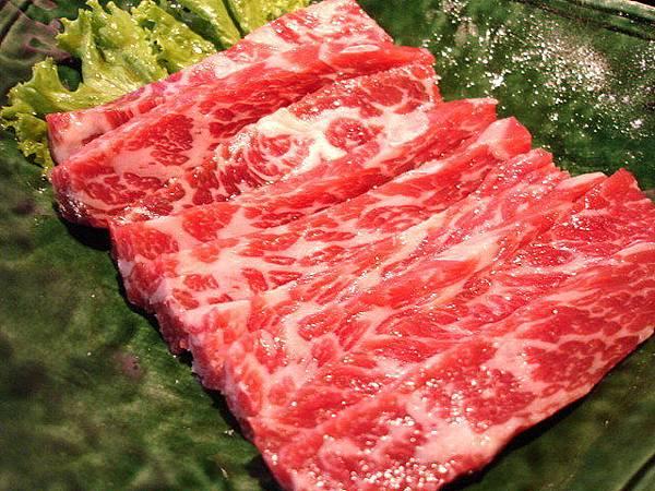 冷藏安格斯黑牛燒肉,薄的290圓