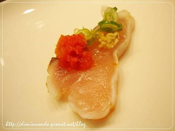 鰆魚生魚片佐辣蘿蔔泥(一吃)