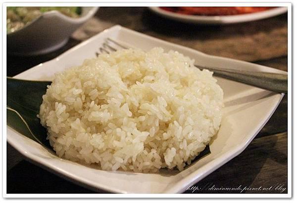 一定要點糯米飯啦不要選白飯