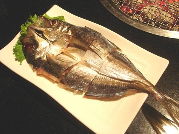海鮮三選一,以前沒有的竹筴魚一夜干