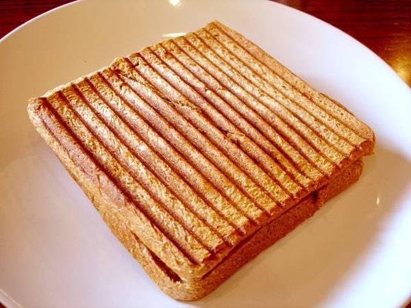 我的起司薄脆三明治