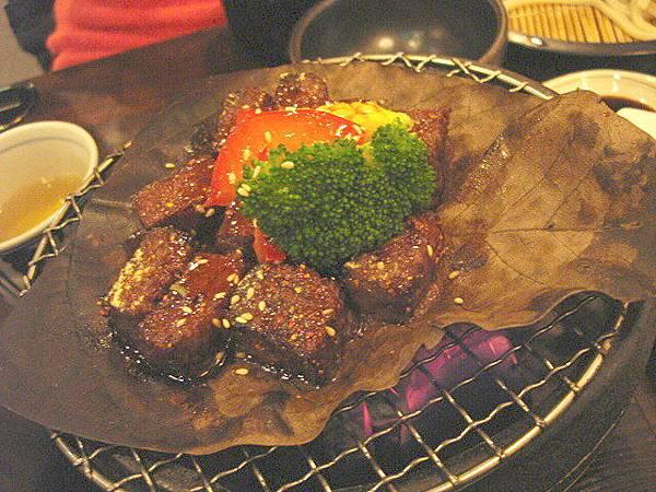朴葉燒牛肉,320圓
