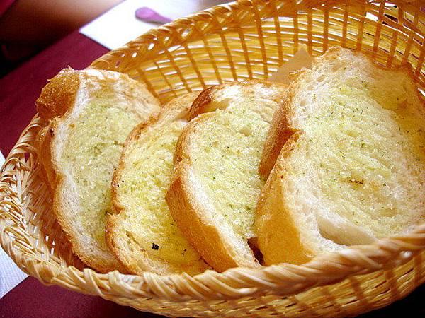 酥脆的大蒜麵包吧