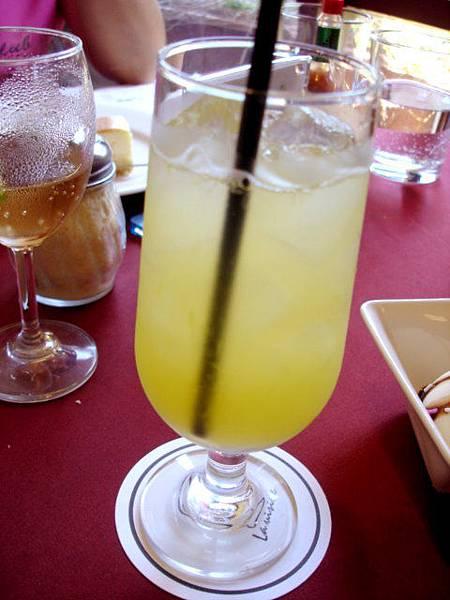 男人的柳橙汁