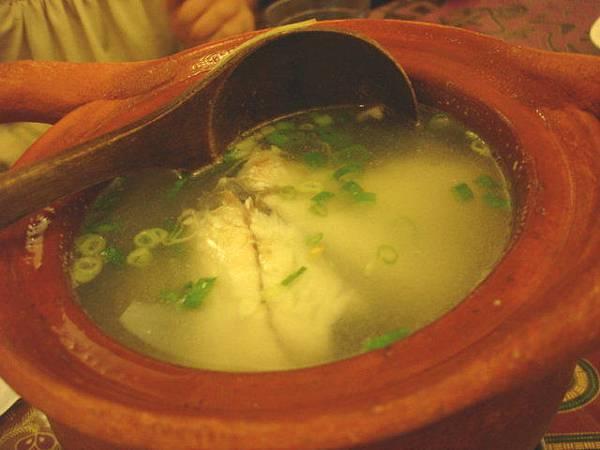 鱸魚清湯,120元