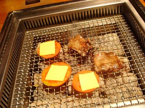 烤肉繼續ing中