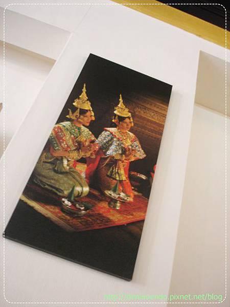 還有一些泰國傳統的圖畫吧