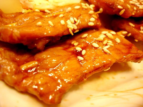 豚肉串燒,60圓