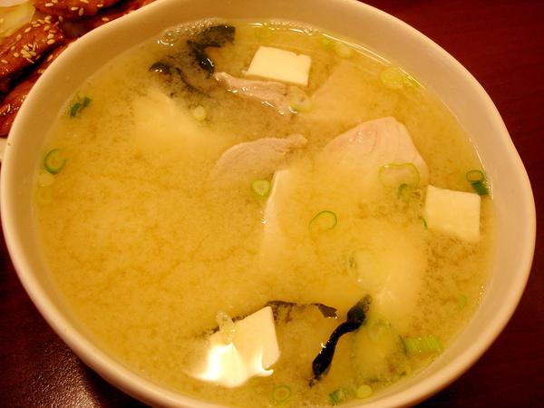 魚肉味增湯50圓