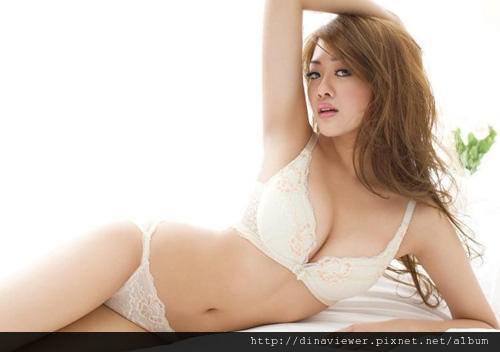 firstimage-20110329-lene-lai.jpg