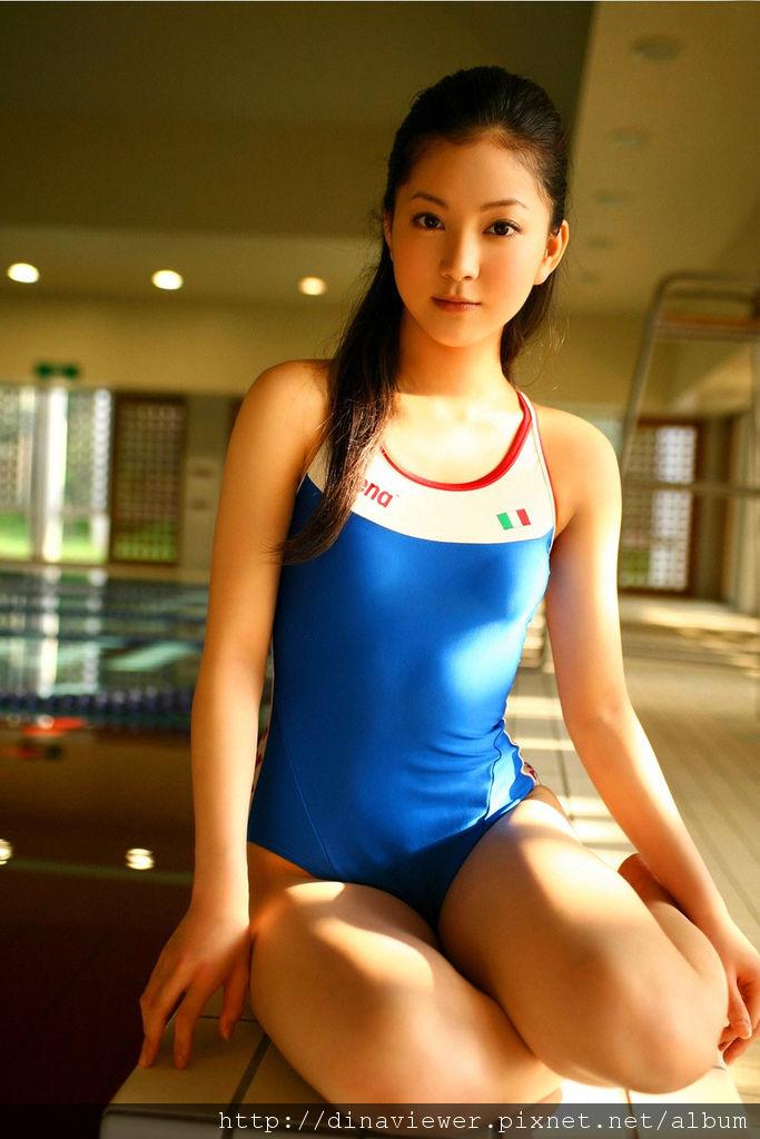 Maari_Nakashima_4A8_.jpg