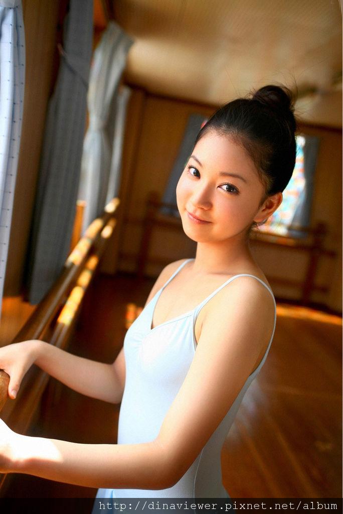 Maari_Nakashima_12A8_.jpg