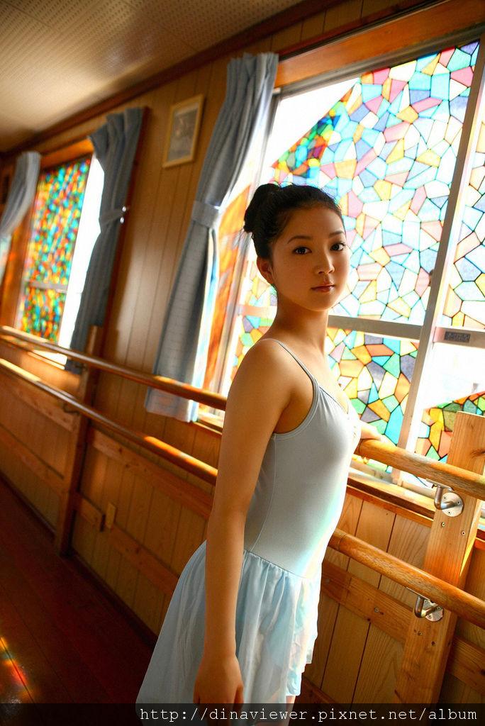 Maari_Nakashima_14A8_.jpg