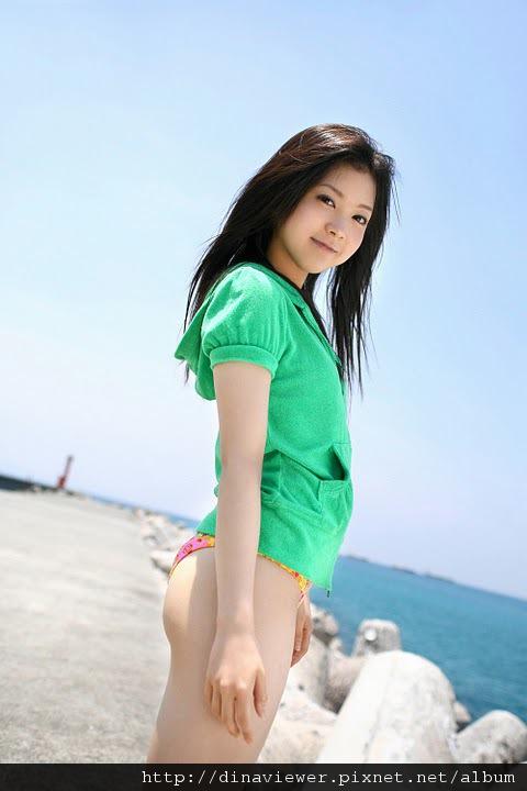maari_nakashima_bikini_04.jpg