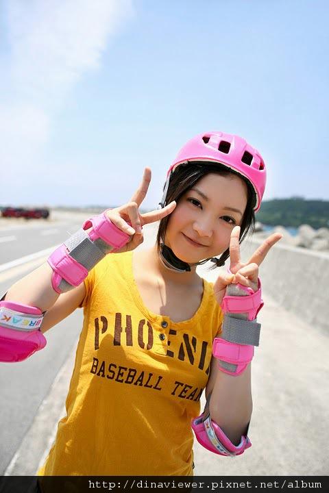 maari_nakashima_rollers_01.jpg