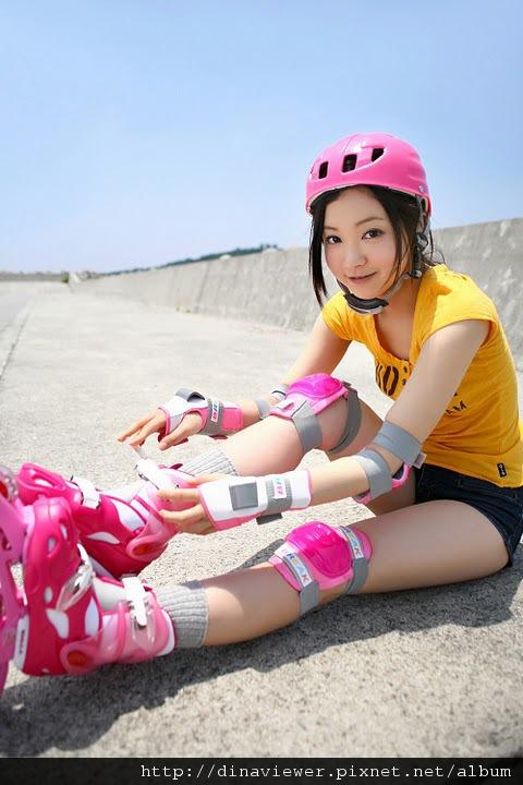 maari_nakashima_rollers_02.jpg