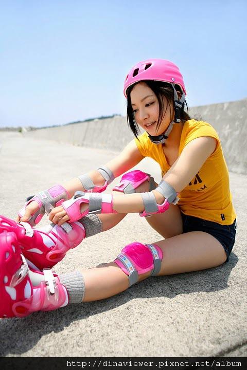 maari_nakashima_rollers_03.jpg