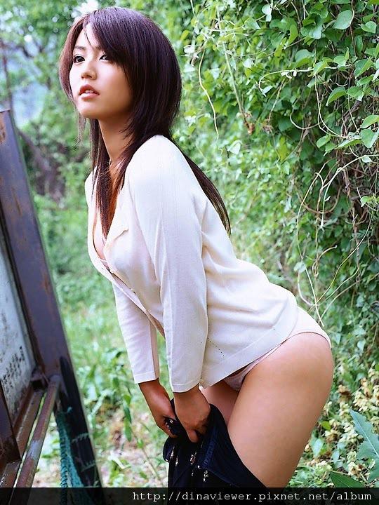 isoyama_sayaka_22.jpg