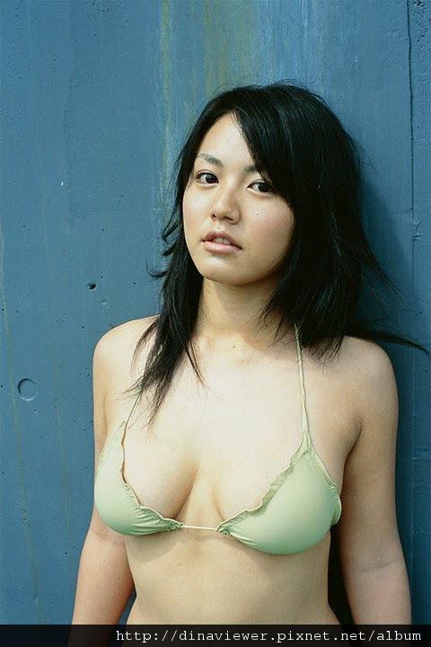 isoyama_sayaka_46.jpg