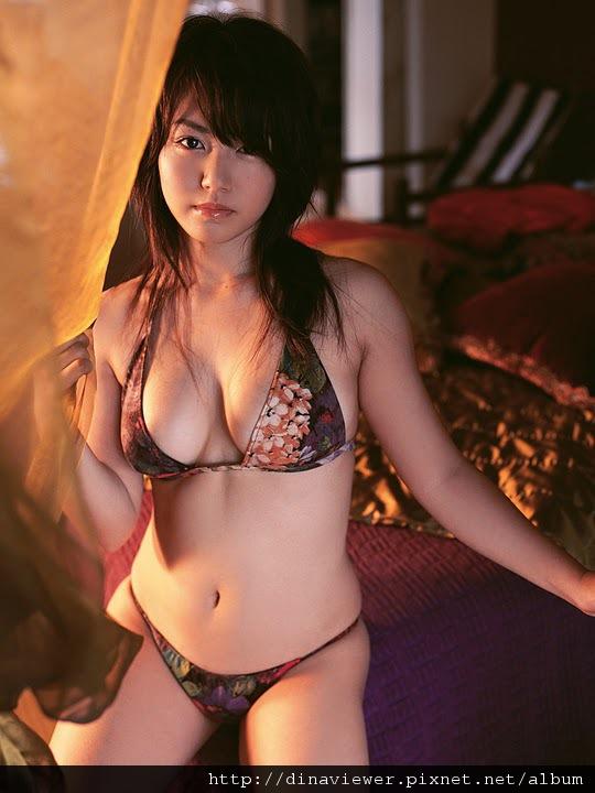 isoyama_sayaka_48.jpg