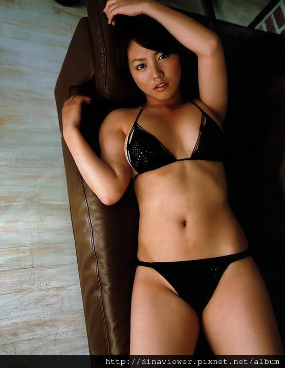 isoyama_sayaka_47.jpg