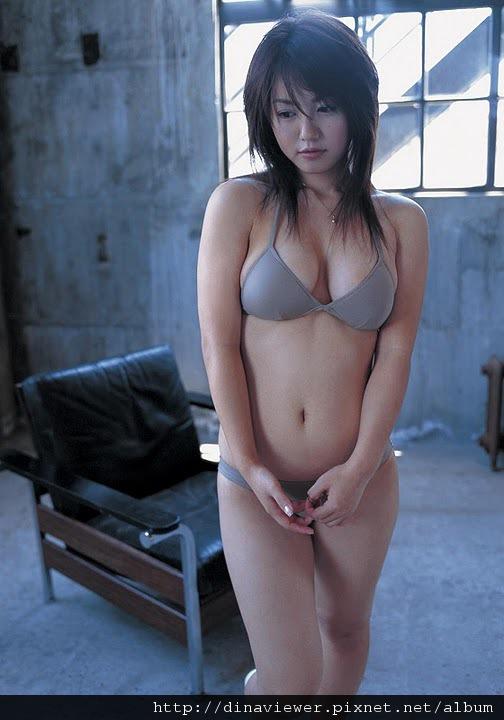 isoyama_sayaka_85.jpg
