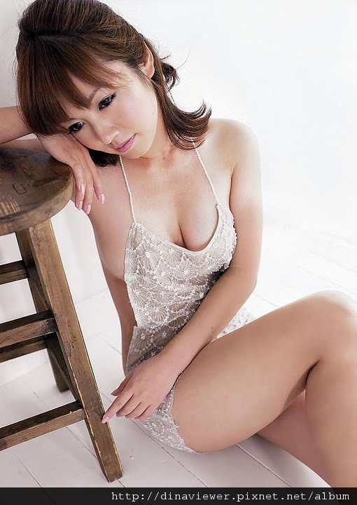 isoyama_sayaka_88.jpg