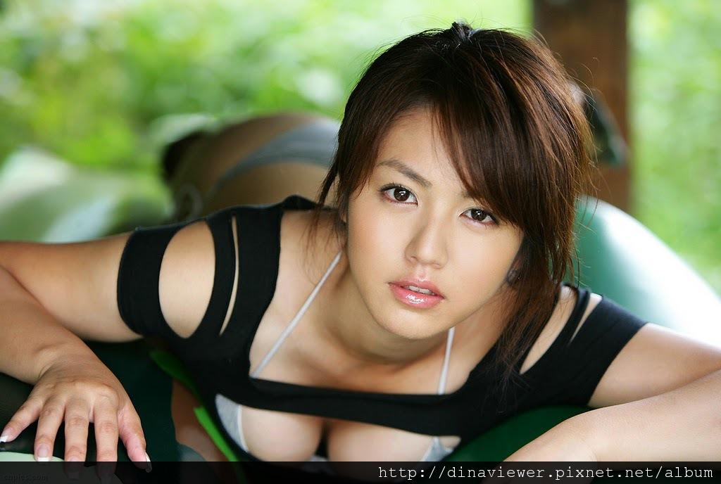 isoyama_sayaka_103.jpg