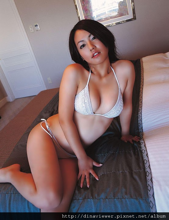 isoyama_sayaka_106.jpg
