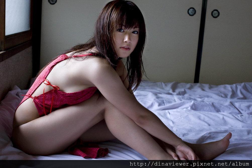 isoyama_sayaka_113.jpg