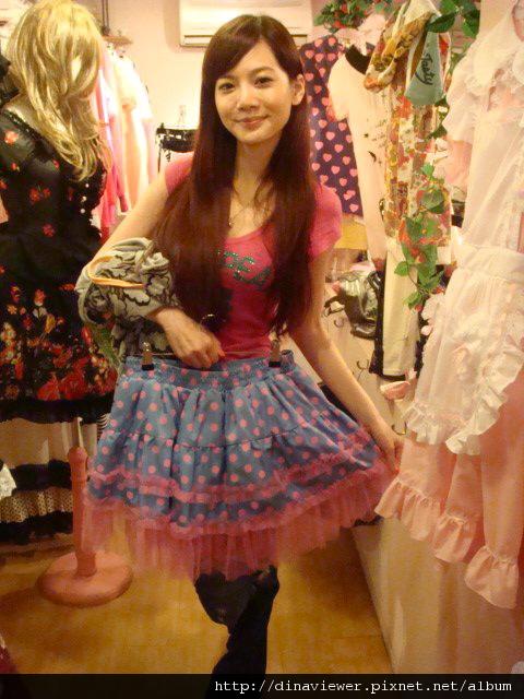 可愛的蓬蓬裙裙.jpg