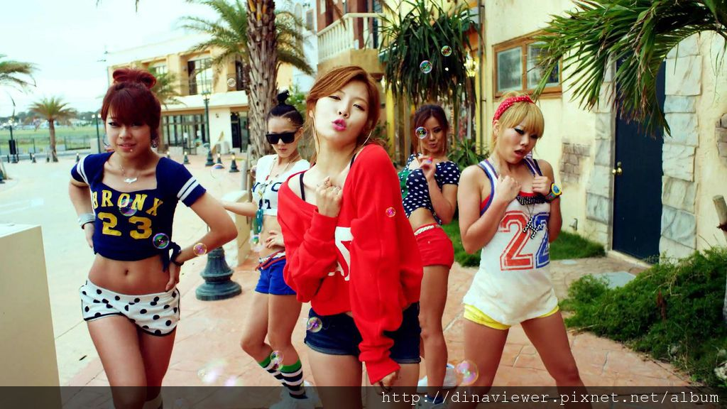 hyuna__bubble-pop-03197.jpg